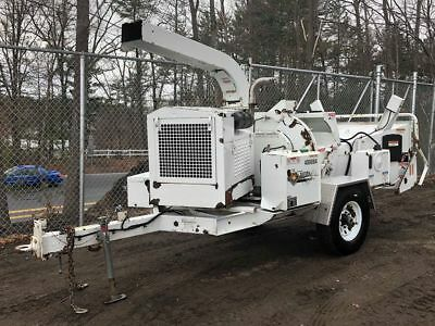 """2014 Mobark Beever M12D 12"""" Diesel Towable Wood chipper! LOW HOURS!"""