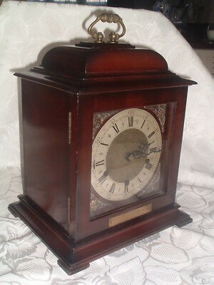"""TOP QUALITY T,N & G """"Smiths"""" GEORGIAN Style WESTMINSTER CHIMING Bracket CLOCK."""