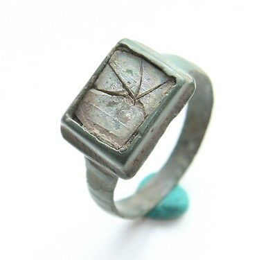 Ancient Medieval Bronze Finger Ring With Nacre Inlay (MAY)
