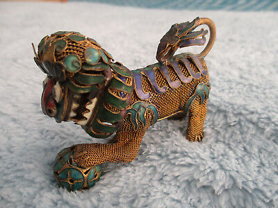 VINTAGE 1970/80s CLOISONNE CHINESE LION ORNAMENT with moveable head and ball