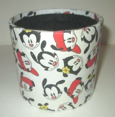 Warner Bros Animaniacs Wakko Yakko Dot Cartoon Characters Desk  Pencil Cup
