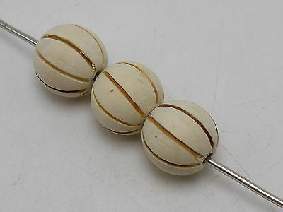 25 Natural Untreated Plain Wooden Round Beads with Carved Stripes 16mm