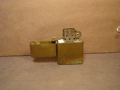 Rare-Vintage-1962-Non-Production-HP-BRASS-Plain-Zippo-Lighter-Used-Working