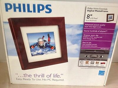 """Phillips Digital Photo Frame 8"""" LCD Panel With Brown Wood Frame SPF-3480t/g7"""