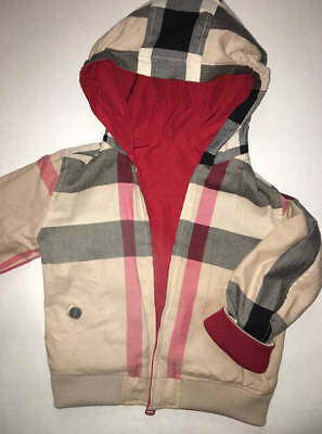 EUC Unisex Burberry Reversible Lightweight Hooded Coat  Size: 3Y; 98cm