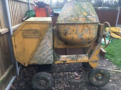 Diesel Cement Mixer (Engine Runs but selling for Spares or Repairs)