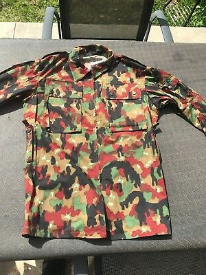 Genuine Swiss army m83 alpenflage camo blouse SIZE M/L NEW CONDITION