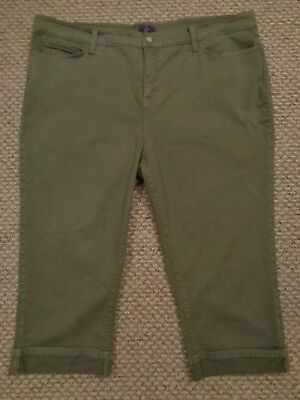 NOT YOUR DAUGHTERS JEANS~~olive/fatigue CAPRIS~crop~NYDJ~Lift-Tuck~Womens 24W