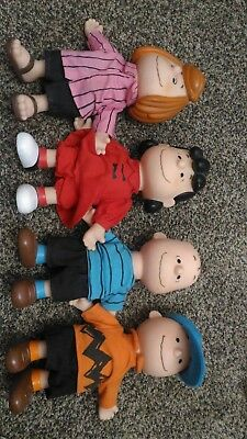 The Peanuts Lucy, Linus, Charlie Brown, Peppermint Patty dolls