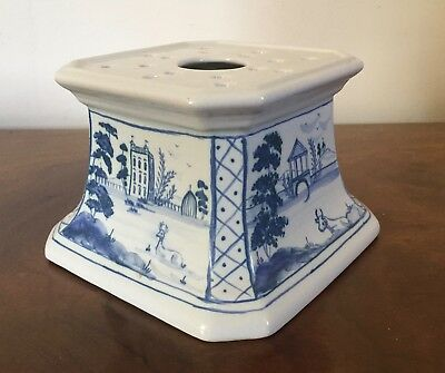 Isis Oxford English Delft Blue & White Tin Glaze Faience Stand Incense Platueau