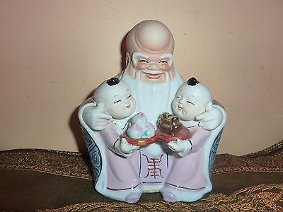 Vintage Chinese Porcelain Man/god With 2 Children Holding Peaches &gold Offering