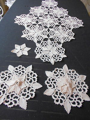Exquisite Vintage Cream Hand Made Lace Table Centre + Matching Doilies