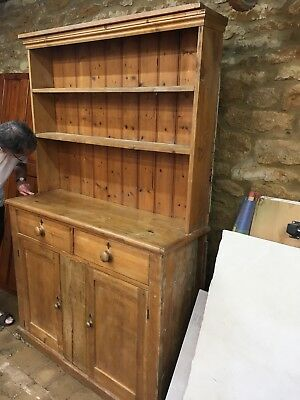 Pine Welsh dresser. Circa 1800's. Farmhouse country kitchen.