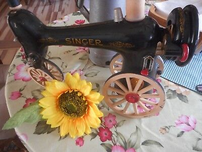SINGER SEWING MACHINE TRACTOR VINTAGE repurposed