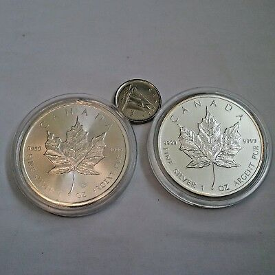 Lot of 2 Silver Canadian Maple Leaf 1oz coins - 2011 / 2016  99.99% silver