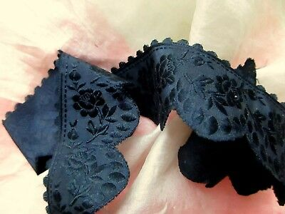 Antique Victorian 1900 French Pure Silk Damask Roses Scallop Ribbon Trim Pc Blk