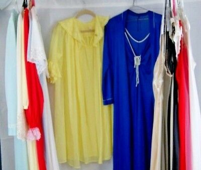 Huge Lot of 20 Vintage Peignoirs Nightgowns Sets Nylon Lace