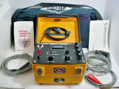 Biddle Megger 250200 DET-2/110 Digital Earth Ground Tester w/ Accessories Cased