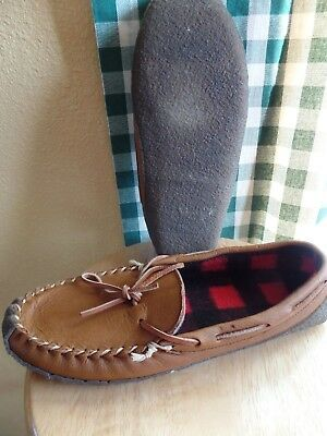 baf20bf74a6e8 LL BEAN MOCCASIN Slippers Brown Leather Red Flannel Lined size 10 Med.