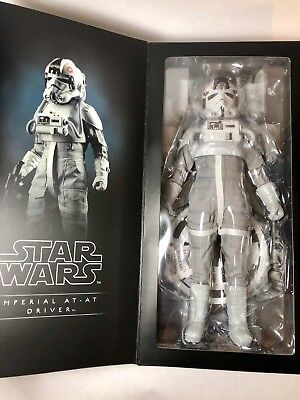 """Sideshow Star Wars The Empire Strikes Back AT-AT Driver 1:6 Scale 12"""" Figure"""