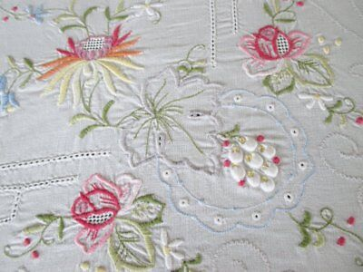 "LARGE TABLECLOTH EMBROIDERED DECORATION-WHITE COTTON-66""x100"""