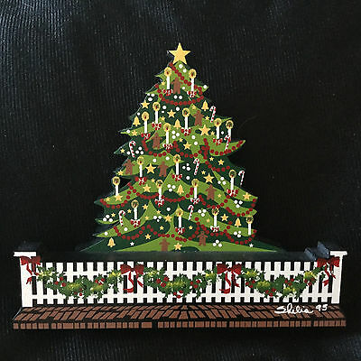 Christmas Tree #ofc06 Decorated Tree With Picket Fence And Garlands Shelia's1995