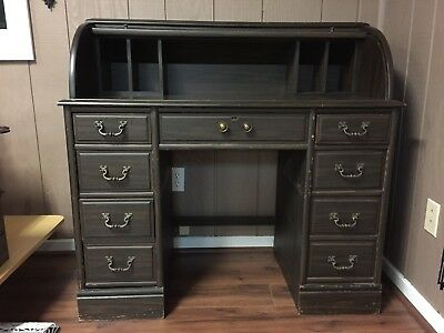 """ Antique Looking"" Roll Top Desk (Ohio pick up only)"
