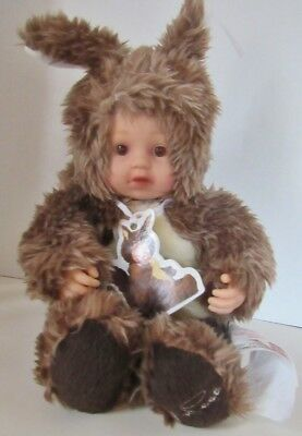 "8"" Seated Baby Squirrel By Anne Geddes With Mint Hang Tag"