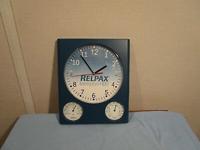 Wall Clock Battery Operated With Thermometer and Humidity