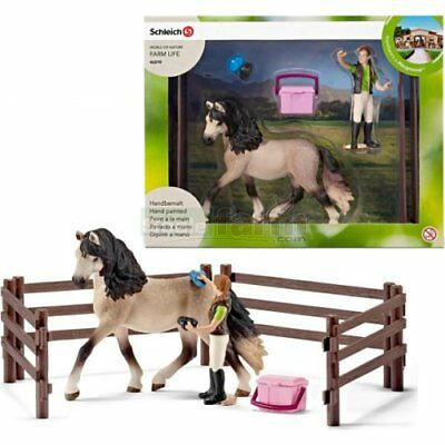 NEW Schleich Horse Club Horse Care Set, Andalusian 42270