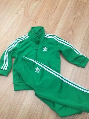 Childs Baby Adidas Complete Vintage Style Tracksuit in Green 12 months / 99p !!!