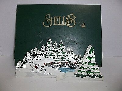 "Sheilas Wooden MERRY CHRISTMAS TO ALL Collectible SNOW Scene 9"" Original Box"