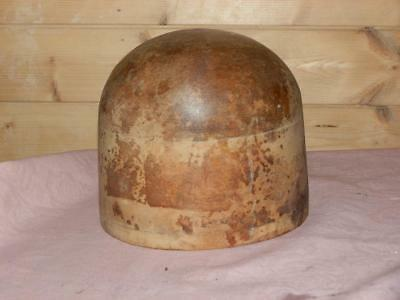 Vintage/Antique Wooden Hat Block, Milliners Stand.Shop Diplay.22.