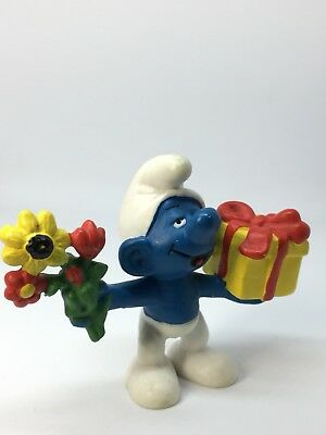 PUFFO smurf schlumpf 20040 GIFT AND FLOWERS Peyo Schleich China Germany