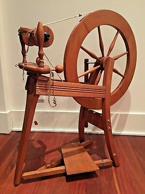Traditional Wool Spinning Wheel Display Prop
