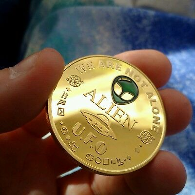ALIEN UFO CUSTOM COIN 999 24K Gold Plated Coin Series 1 Planet Earth