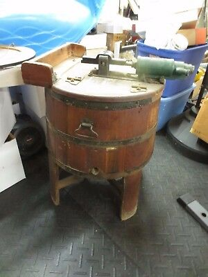 "Antique Peerless No.20/21 Washing Machine 33"" height"