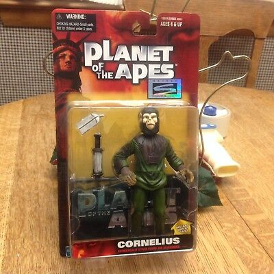 Cornelius Action Figure Planet of the Apes 1999  Hasbro