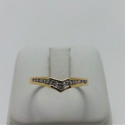 18ct YELLOW GOLD V SHAPED DIAMOND RING VALUED @$1025 COMES WITH VALUATION