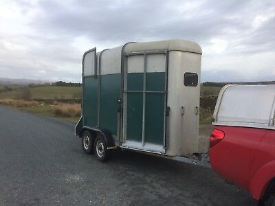 ifor williams horse trailer 505 Twin Horse Box Pony