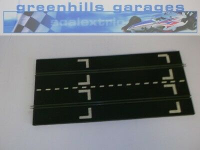 Greenhills Scalextric Vintage rubber Full straight starting grid MM23 - USED ...