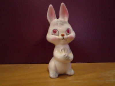 """4"""" vintage porcelain ceramic red eyed bunny rabbit super sweet from the 1960's"""