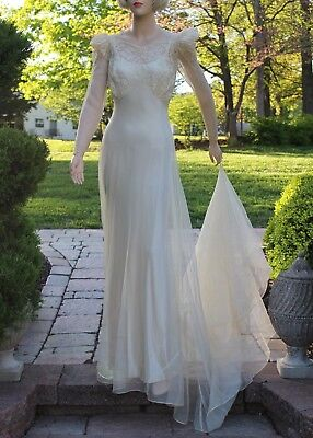 Sz S Auth. 1930's Wedding Dress Old Hollywood Glamour Two-Piece Ivory Satin Lace