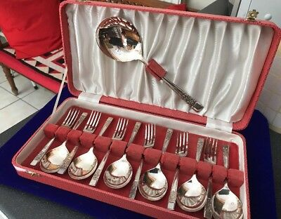 Vintage Boxed Set  A1 Silver Plated Spoons J.E & S Fruit Spoons Pastry Forks Set