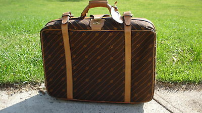 64df6a55cea Authentic Vintage GUCCI Travel Bag Carry On Weekender Suitcase Luggage GG  Logo