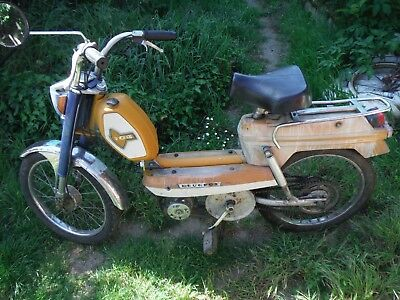 1971 PEUGEOT 104 French barn find project moped in running order