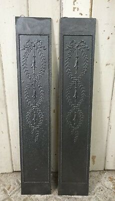 A PAIR OF VICTORIAN CAST IRON FIRE CHEEKS / DECORATIVE METAL PLATES ref 1079