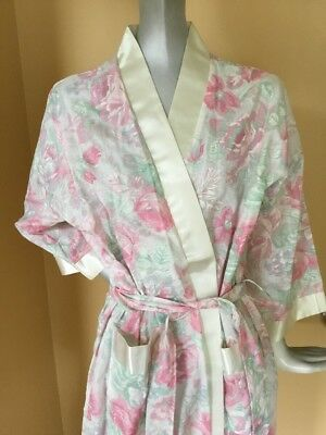 Vintage Appel Women's Robe Floral Cotton With Satin Trim Pink Roses Small USA
