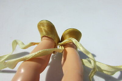 """Vintage Madame Alexander Doll Satin Shoes Slippers Yellow Wendy Kins 8"""" HTF 1953"""
