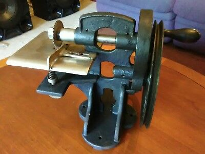 Antique Cast Iron Pinking Machine Belt Hand Crank Sewing Fabric Leather Cutting